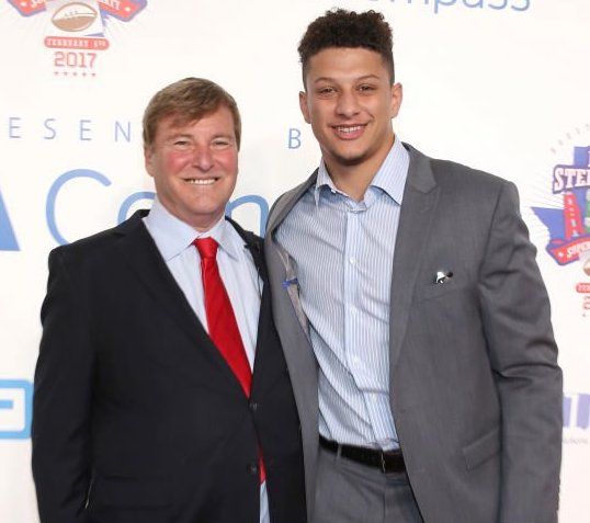 Leigh Steinberg pictured with Patrick Mahomes